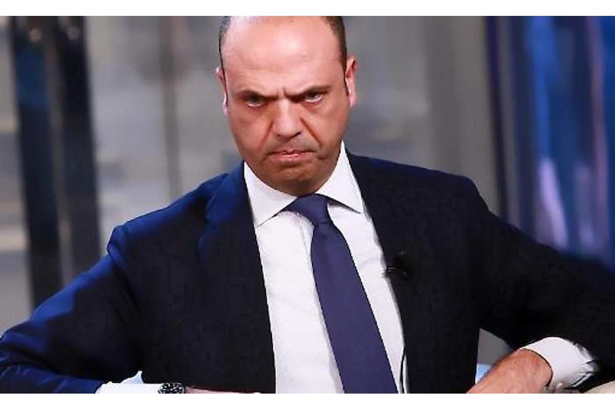 L'Italia in accordo con l'Europa espelle due diplomatici russi