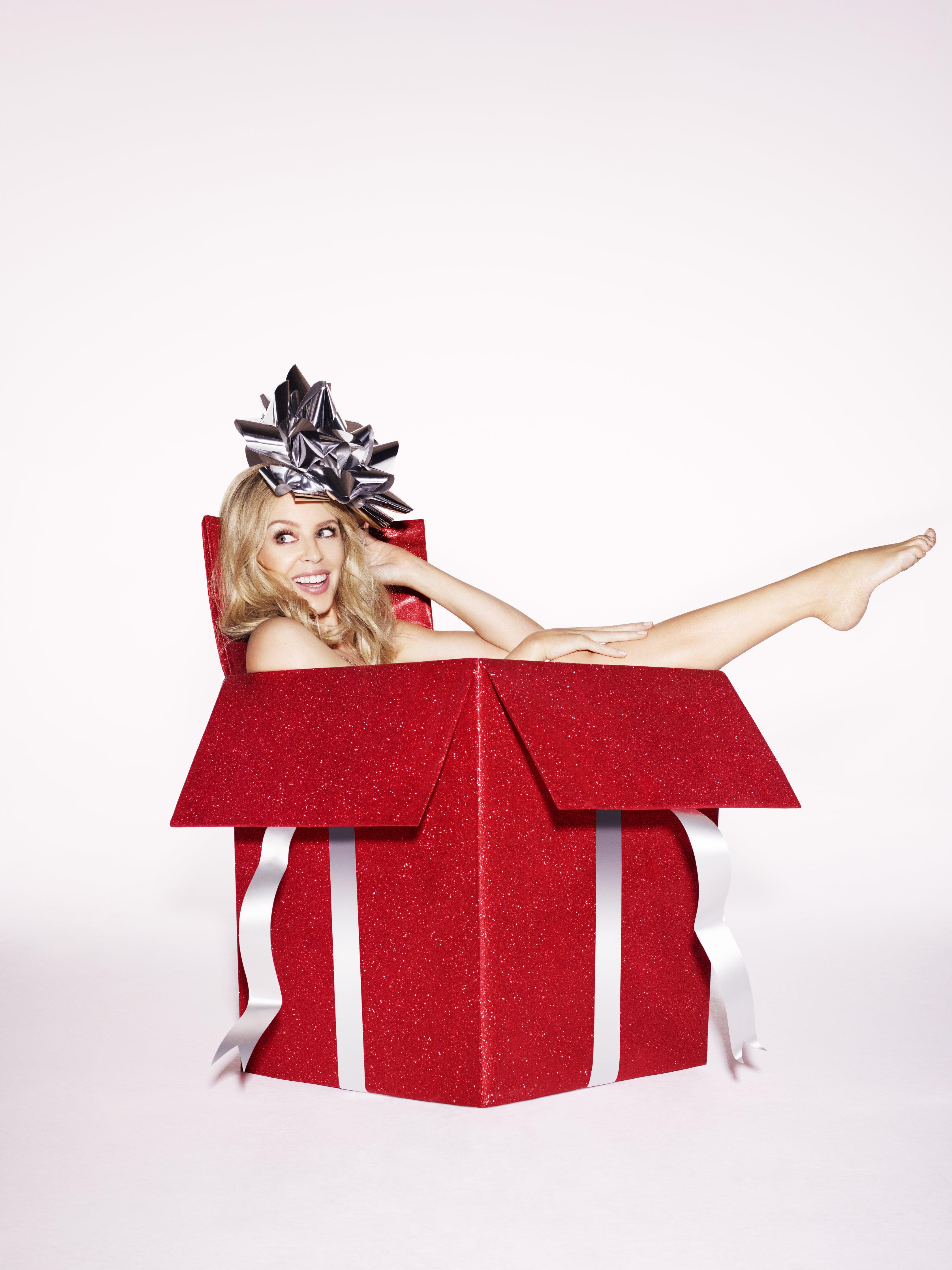 Kylie Minougue: nei negozi la nuova versione di Kylie Christmas
