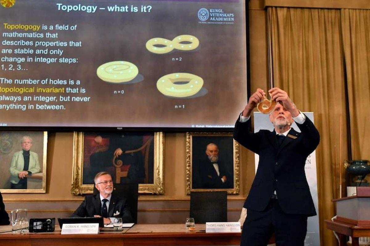 Nobel per la Fisica 2016: la teoria si capisce in pasticceria