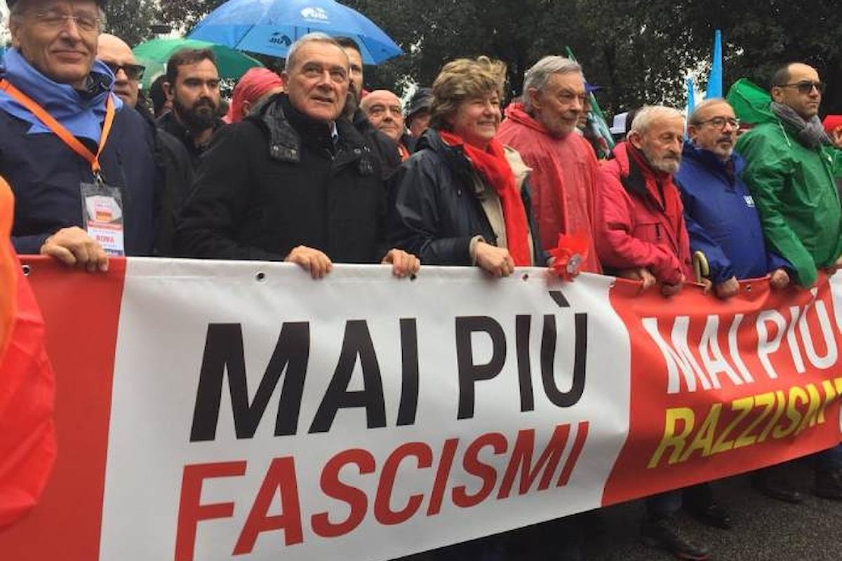 L'Italia perbene in Piazza del Popolo contro fascismi e razzismi