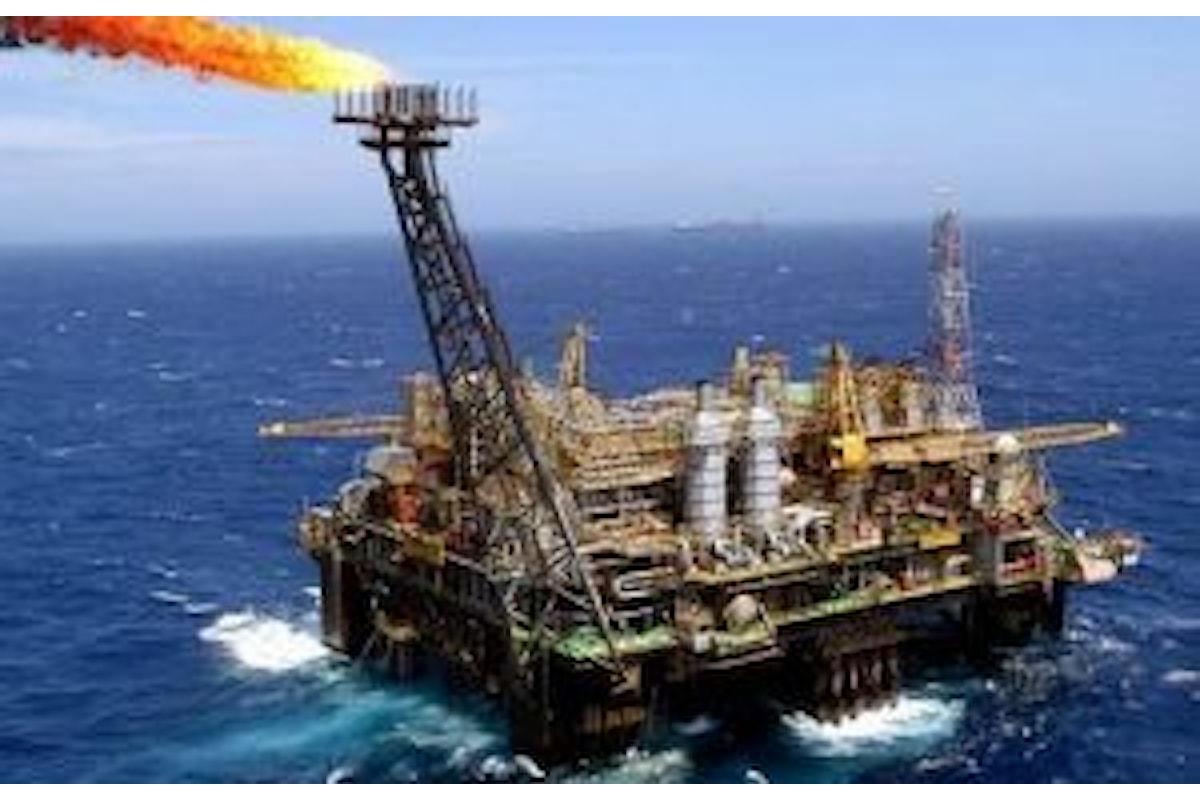 Petrolio di nuovo sotto quota 50$. Il mercato torna a tremare