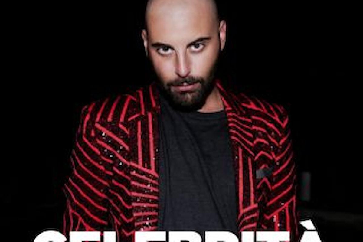 """Costantino, """"CELEBRITÀ"""" è il singolo che annuncia il debutto musicale dell'eclettico cantante"""