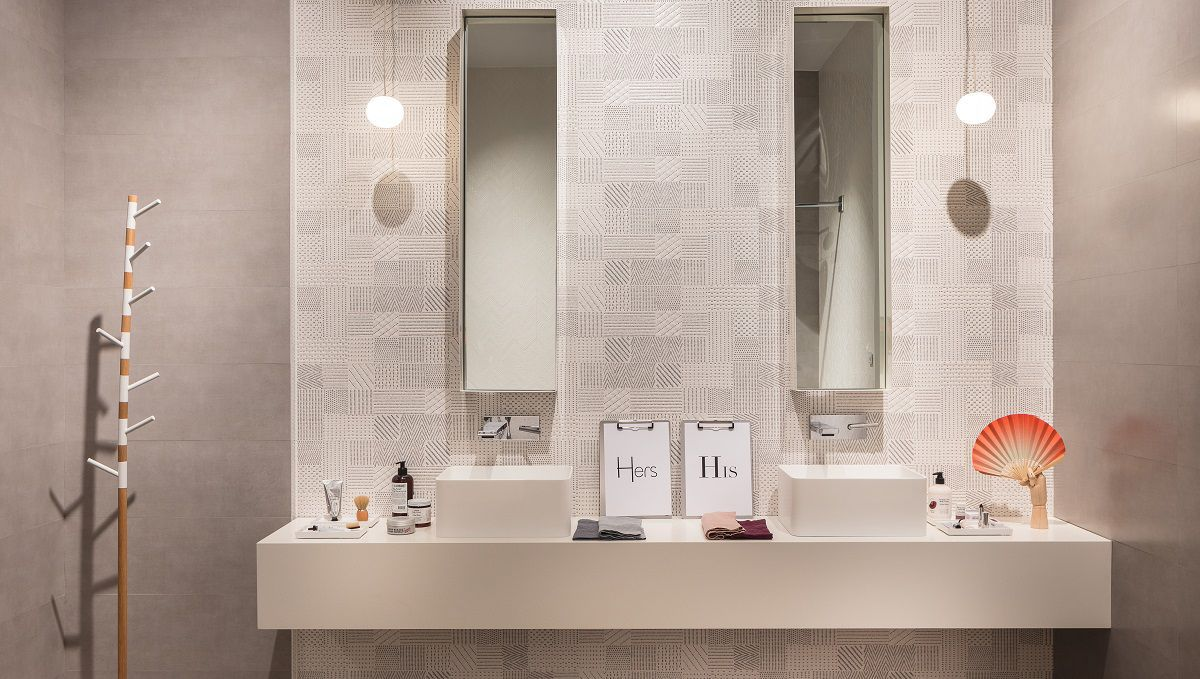 Come rendere luminoso e accogliente un bagno senza finestre