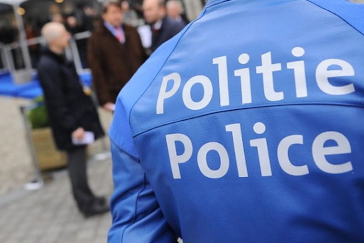 DUE POLIZIOTTE FERITE CON MACHETE - L'attentatore urlava Allah Akbar