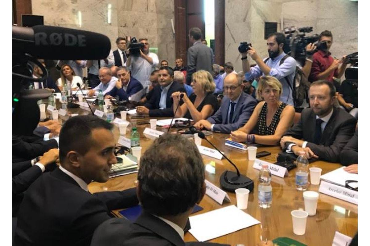 Ilva, l'incontro al Mise procede per poter arrivare ad un accordo tra sindacati e ArcelorMittal