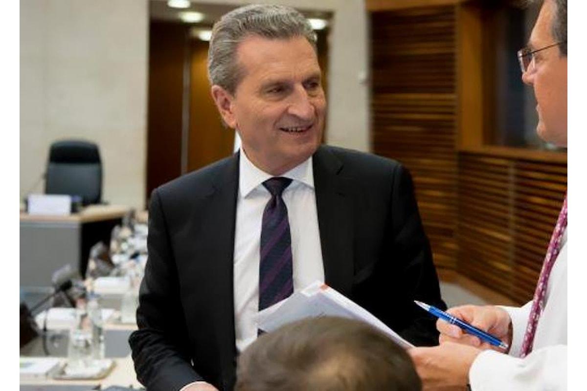 Il commissario Oettinger ricorda a Di Maio quanto sia il reale contributo che l'Italia dà all'Europa