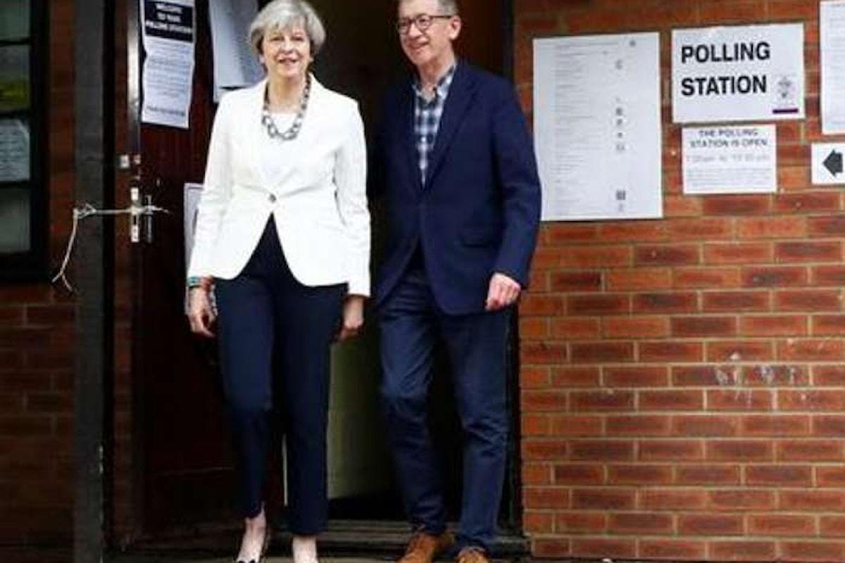 Elezioni in Gran Bretagna. Theresa May ha perso la scommessa, i conservatori non ottengono la maggioranza