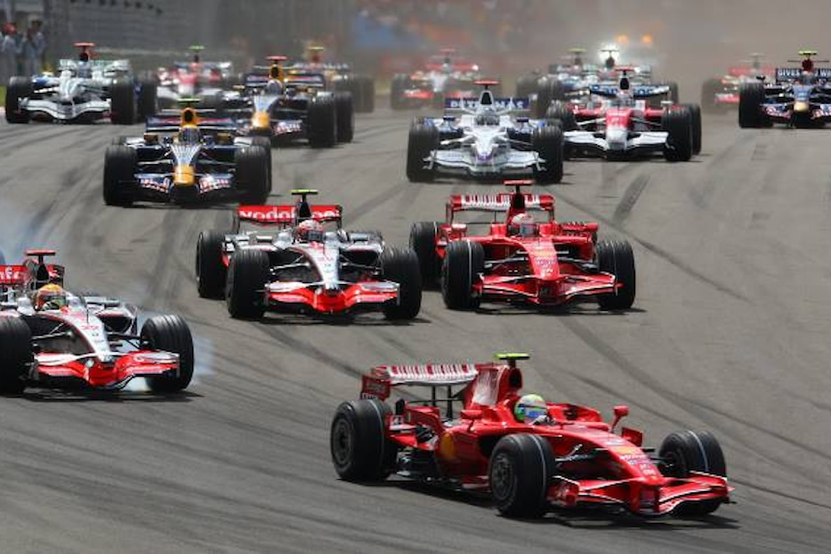 Ecclestone ha venduto la Formula 1 per 8 miliardi di dollari
