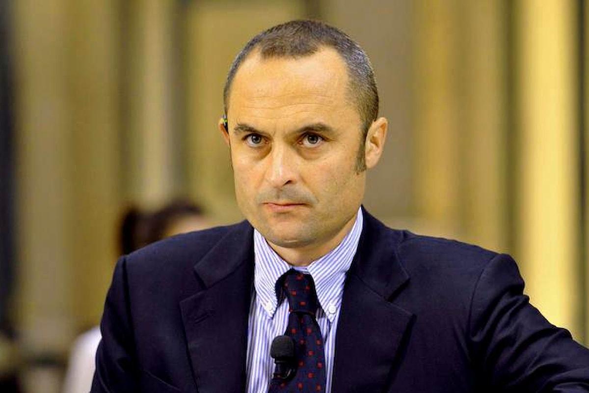 Il ministro Costa intima l'alt ai giudici sulla stepchild adoption