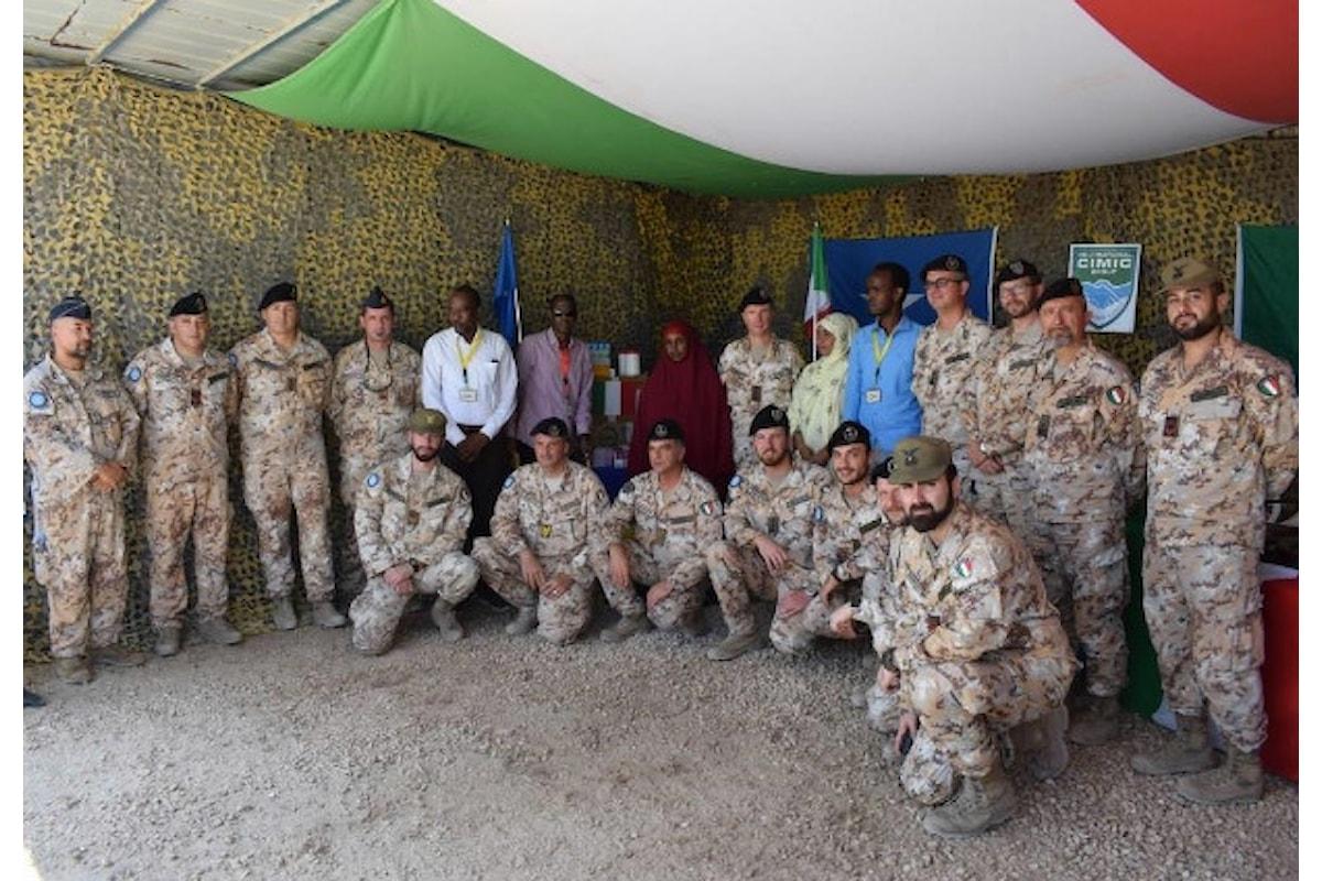 Somalia, militari italiani donano medicinali a bambini e alle loro madri