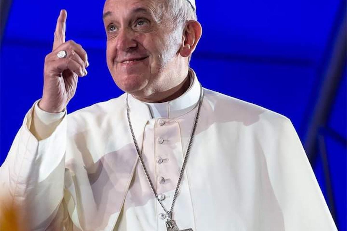 Lontano dal potere e dal denaro, la vera missione della Chiesa secondo Francesco!