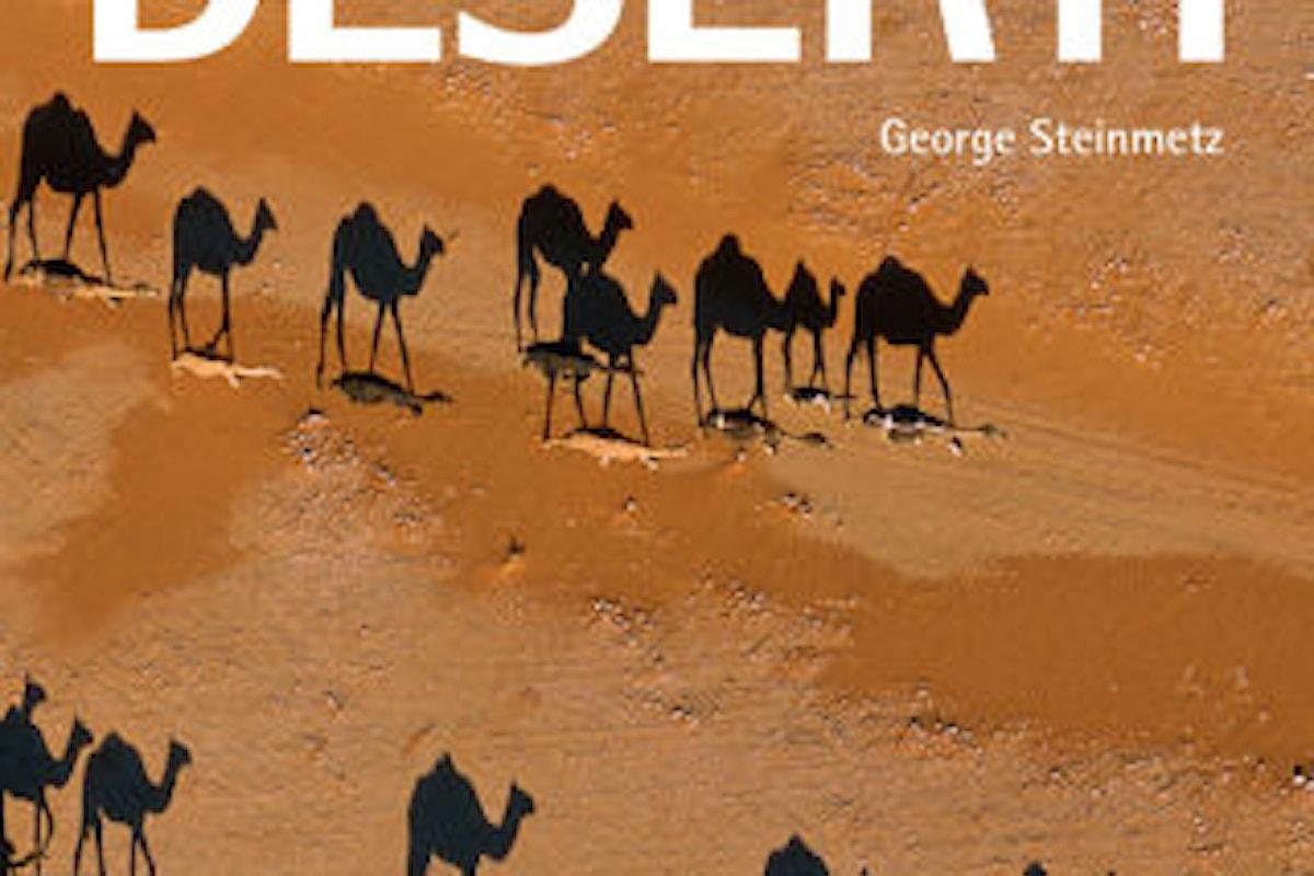 Il fotografo che plana sul deserto