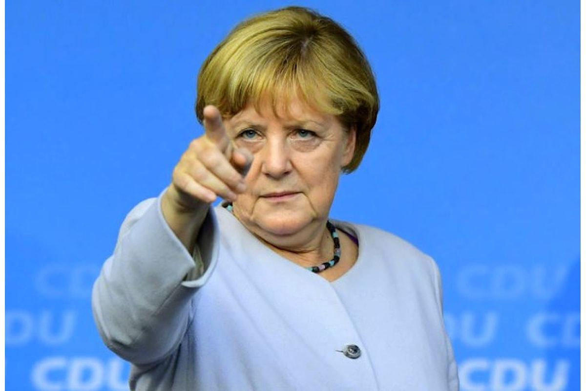 La Merkel ha deciso: non oltre metà gennaio per stabilire la possibilità di un Governo con l'SPD